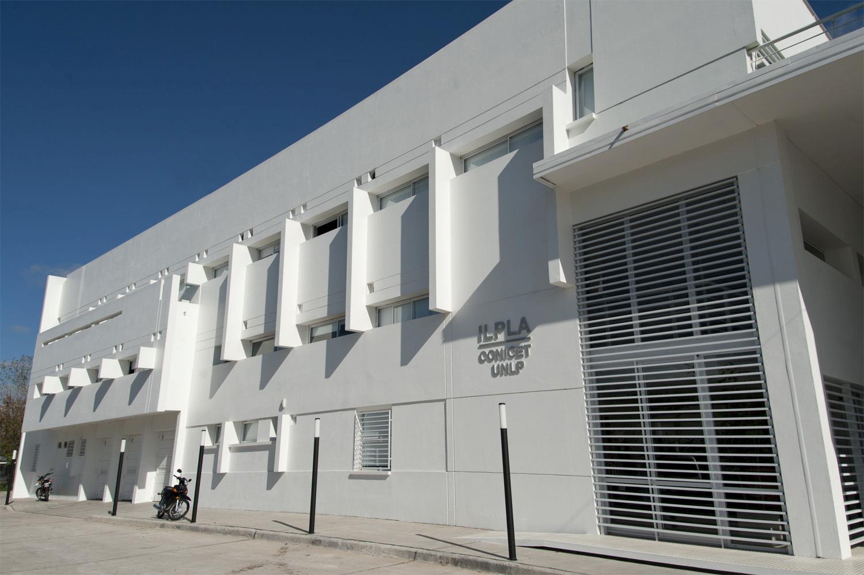Barañao opened the 2014 BioAsia International Fair